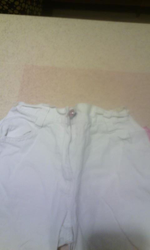 Белый брючный костюм на девочку рост 110